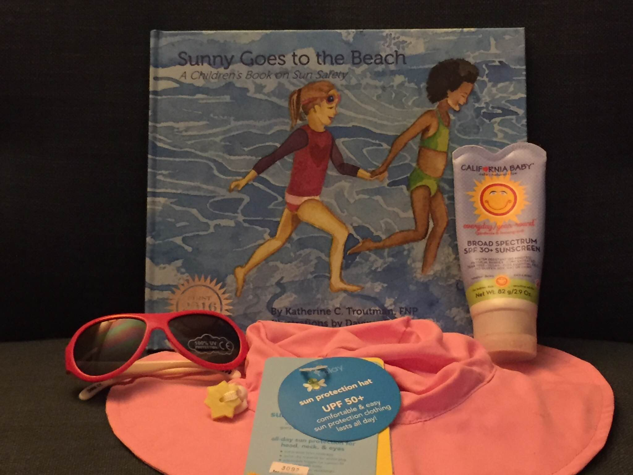 sunny-goes-to-the-beach-gift-pack-idea-photo-2-by-casey