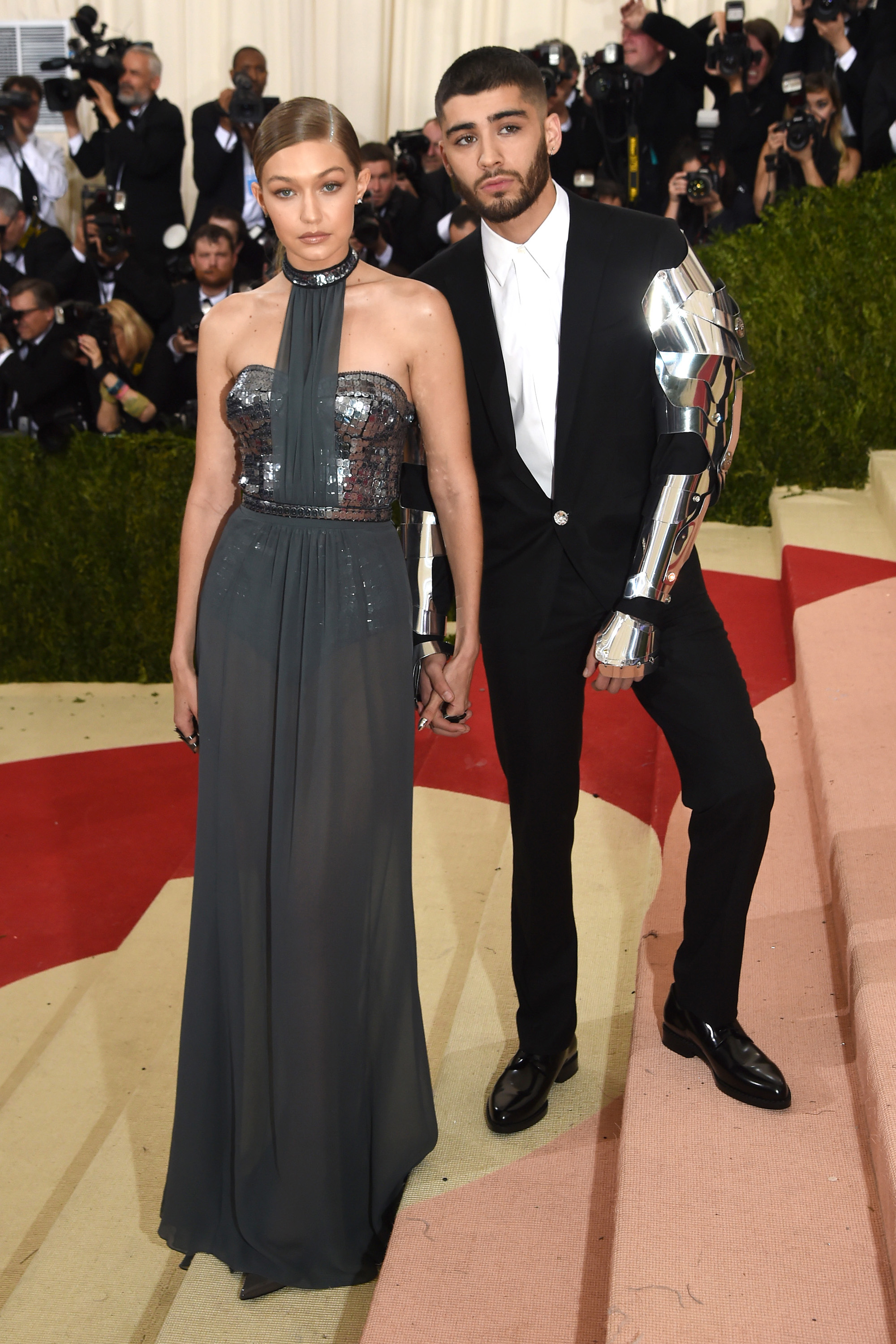 Red Carpet Dresses at Met Gala 2016 - Dresses and Gowns From the Met Gala Red Carpe