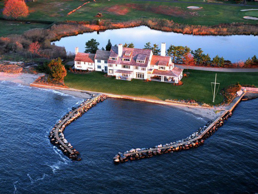 Katharine Hepburn_s Waterfront Home
